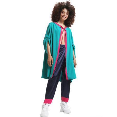 veste cozywear verte sur pyjama en soie